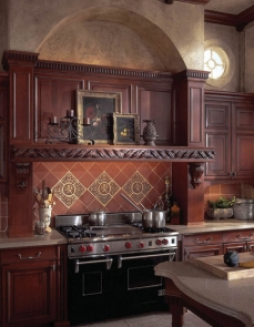 european-heritage-kitchen-by-wood-mode