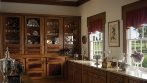 kensington-butlers-pantry-by-wood-mode