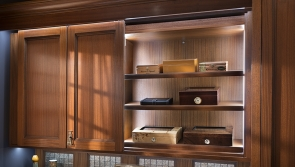 park-ave-hutch-murray-hill-cigar-bar-by-wood-mode